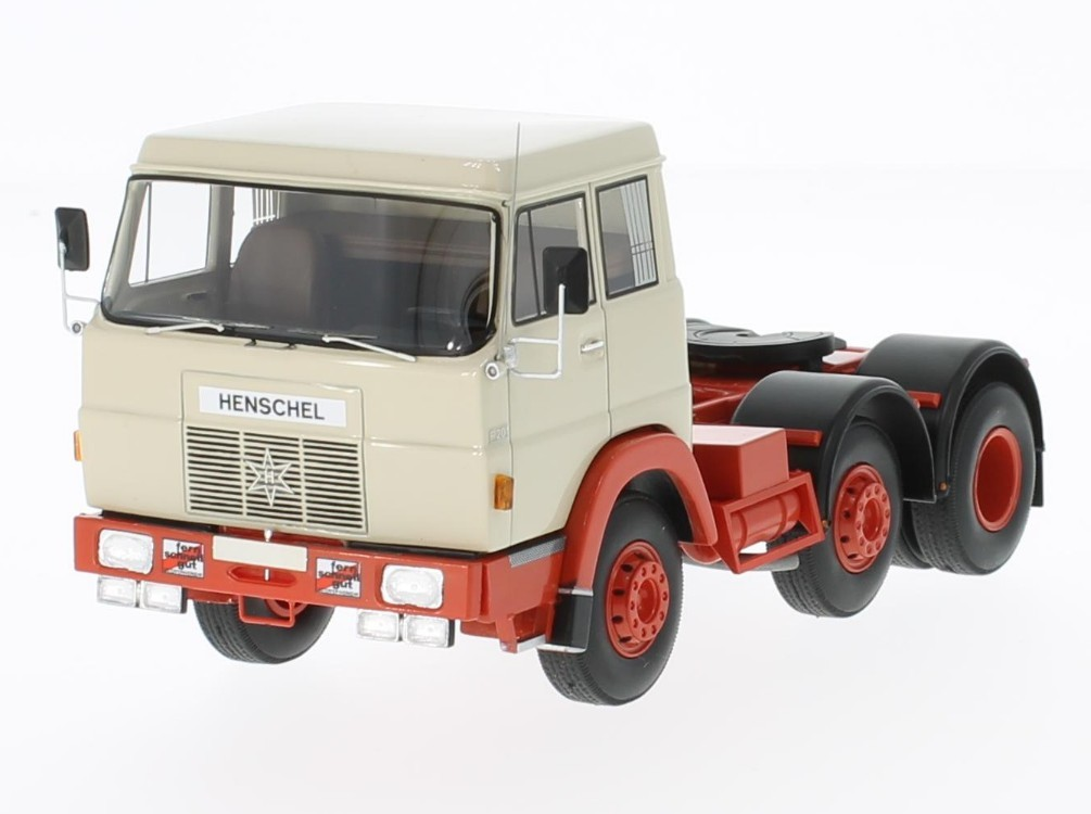 Hanomag Henschel F201 1967 (beige/red without showcase)