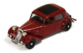Citroen Traction 7A 1934 (bordeaux)